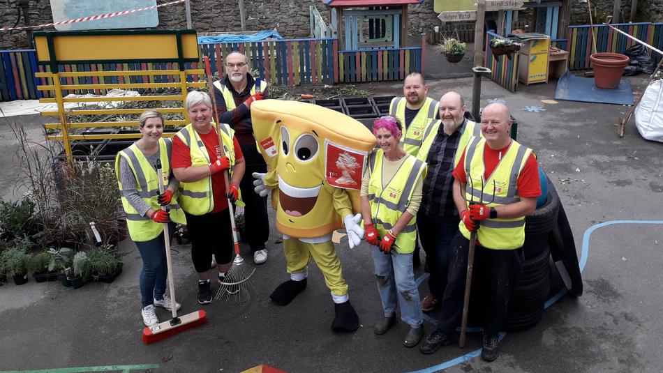 Folkestone volunteering.png