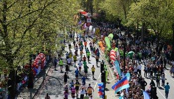 Runners in streets of London for marathon.jpg